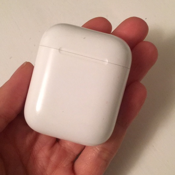 Apple Other Airpods Charging Case 1st Gen Poshmark